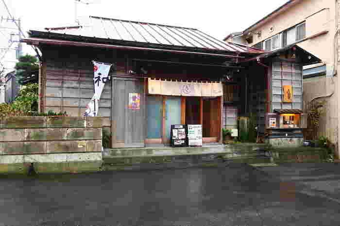 長谷駅より歩いて約5分、長谷寺の近くにある「カフェ四葩(よひら)」です。四葩は、紫陽花の別名。鎌倉らしい店名ですね。