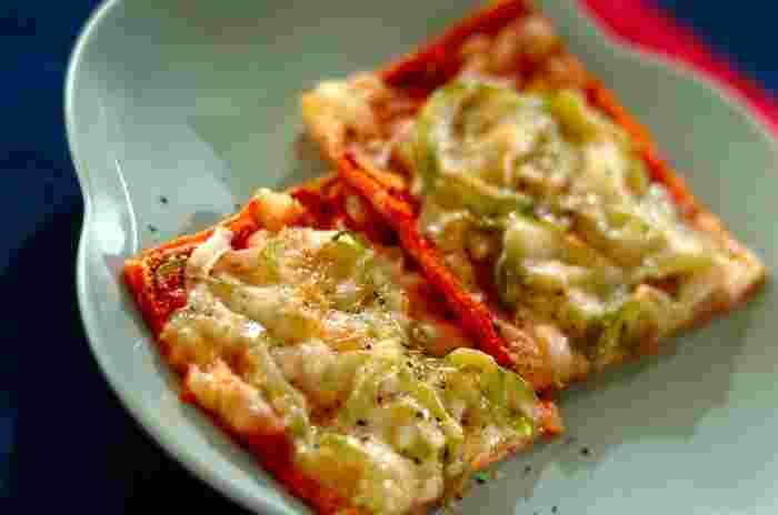 お鍋はおいしいけれど、洋風のものも食べたい!もしくはお酒にあうおつまみを探している方は、油揚げと厚揚げがおすすめです。糖質量は豆腐よりも少なめなのが嬉しいところ。油揚げはカリカリに焼いてクラッカー代わりに楽しんだり、ピザにするのもおすすめです。(油揚げピザ単体では栄養が少ないのでご注意を!)