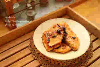 かじきを焼いて、豆鼓醤などを使ったタレをからめるだけ。豆鼓醤は甘みがないので、好みで甘みを加えるなど味付けの幅が広いのも特徴です。冷凍しておいた魚なども、クセなくおいしくできあがります。
