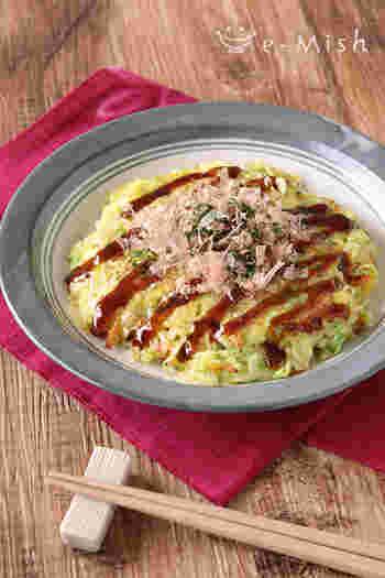 卵とチーズをつなぎにし、ご飯を加えたお好み焼きのグルテンフリーレシピ。ささっと作れて栄養バランス◎の主食です。