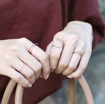 ジュネリシリーズのリングは、重ね付けの相性が良いデザインばかりなので、この機会にまとめ買いもオススメです♪