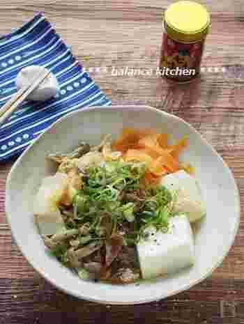 材料をお鍋に入れて煮るだけのお手軽レシピ。イワシの味噌煮缶を味付けに利用するので、味付けも不要です。魚・大豆製品・野菜が一度に摂れる一品です。