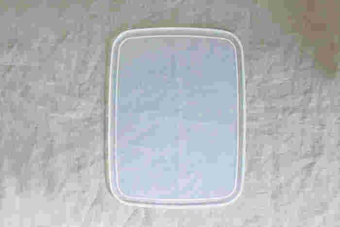 使いやすいシール蓋は一番一般的な保存容器のスタイルです。中身が見えるので、入っているものや量が一目で把握できるのがメリット。