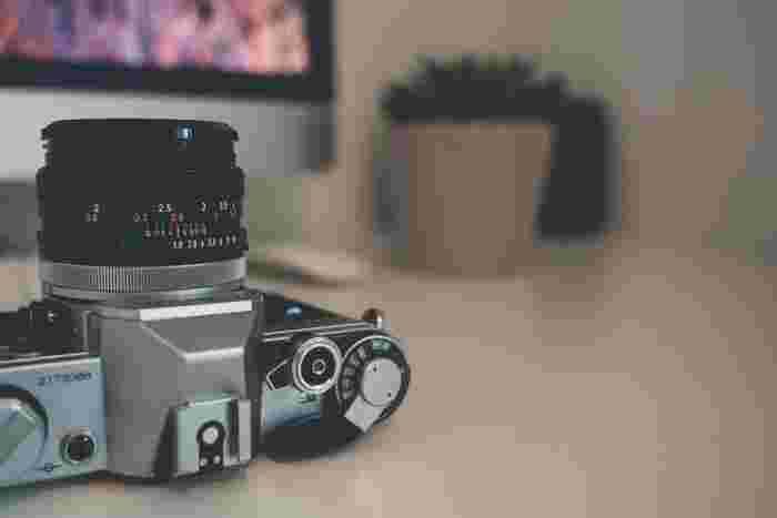【デジカメで撮影した高画質の画像も、現在では簡単にPCやスマートフォン、タブレット端末に転送可能。】