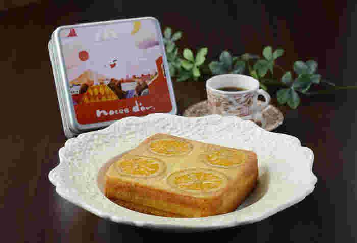 「noces-dor(ノスドール)」は、窯焼き熟成缶ケーキが人気!ほんわかしたイラストの缶に生地を入れて焼き上げ、1ヶ月熟成させた贅沢なケーキです。焼き上がったケーキは蓋を開けないので、日持ちも◎蓋を開けた瞬間に甘く幸せな香りが漂います♪