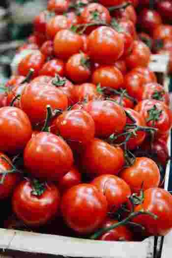 旬の野菜にはその時期に必要となる栄養素が含まれていることが多くあります。暑い夏は、水分やビタミンを多く含むトマトで夏バテ知らずに♪