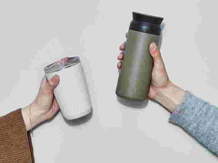 新しいものを購入の際には、飲み口の広さや、内容量、重さをチェックしてみましょう。清潔に保つためにも、洗いやすいかどうかも大事なポイント。おでかけの間に飲む水分量を持ち運べるサイズが良いですね。