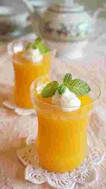 マンゴージュースを使った簡単レシピ♪お好きなジュースを使ってお手軽に出来るデザートです。フルーツを飾ってもいいですね!