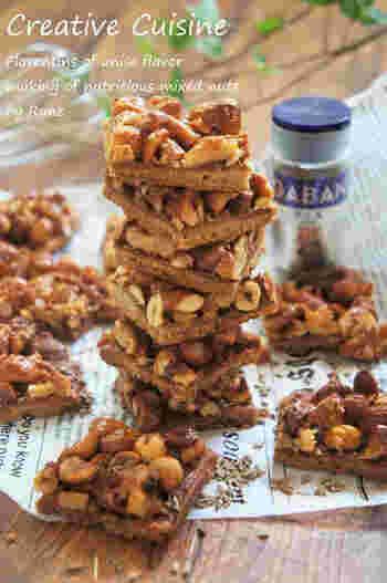 ナッツといえば、フランスのお菓子フロランタンですよね!こちらのレシピでは、全粒粉を使ってヘルシーに仕上げています。