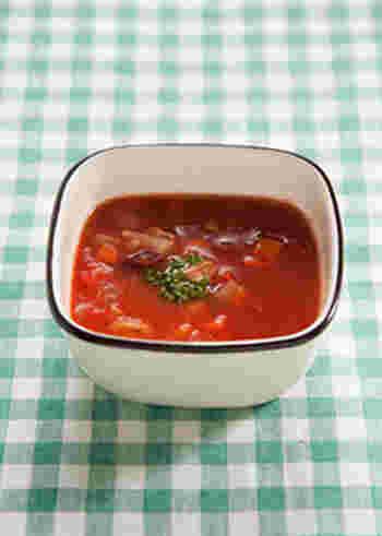 トマトには、抗酸化作用のあるリコピンが豊富に含まれています。さらにニキビ予防に必須なミタミンCもたくさんとれます。朝昼晩いつでもOKな美肌スープです。