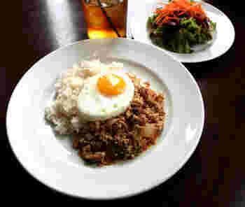 タイ料理の定番で、大人気のガパオ。時々食べたくなってくるのが不思議です!