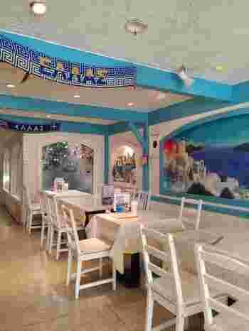 「SPARTA(スパルタ)」は、日本初のギリシャ料理専門のレストラン。店名は初代ギリシャ人オーナーの出身地に由来しています。現在シェフはこのお店で経験を積んあ後ギリシャに渡って料理研究を続け、3代目として腕を振るっています。