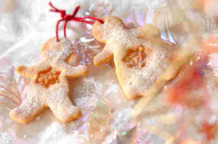 こちらのノエルクッキーは、フランス語で「クリスマス」という意味のクッキー。クッキーの真ん中にはキャラメルでワンポイントを♪粉雪がかかったみたいなシュガーパウダーのデコレーションもとっても可愛らしい雰囲気!