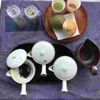 体に優しく味わいも穏やかな「ほうじ茶」。いつでも誰でも飲めるのが嬉しいですよね。自分好みの味わいになるまで、手持ちの緑茶をぜひ焙じてみましょう。ホッとする味わいと香ばしい香りに、「ほうじ茶」をもっと好きになれそうです。