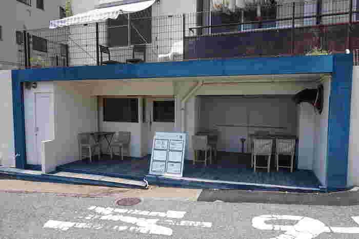 北野坂近くにあるサンドイッチ屋さん、その名も『サンドイッチの店 3』。イートインも出来ますがテイクアウトしてホテルで食べたり、お散歩しながら途中で食べたりするのもいいかもしれません。
