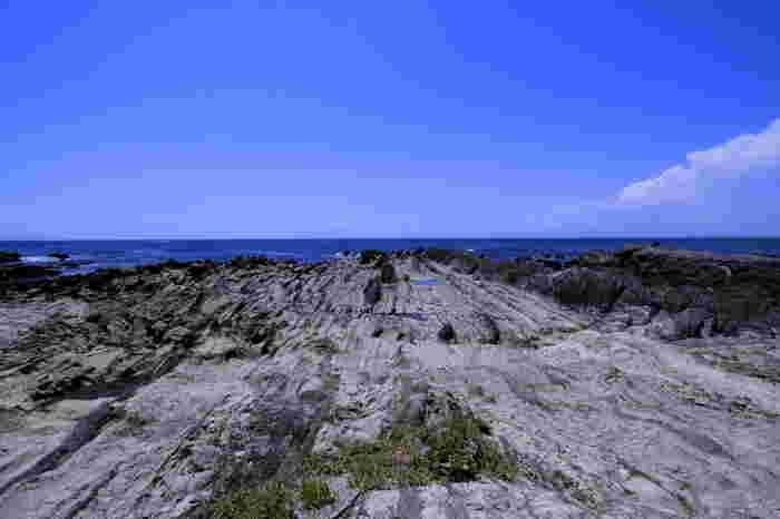 ハイキングコースもあるので、海を眺めながらゆっくり歩くのも気持ち良いですよ。波音に耳をすませリフレッシュしましょう。
