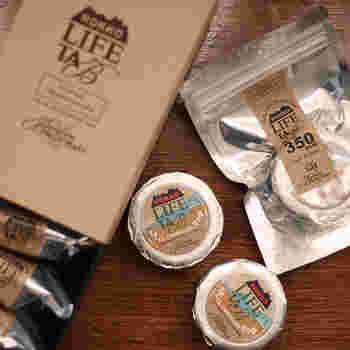 六甲山のお膝元であるからこそのご提案! 登山のお供にも最適なチョコサンド。 ただのおやつとしてではなく、ドライフルーツに2種のナッツとエネルギーの源が詰まっています。