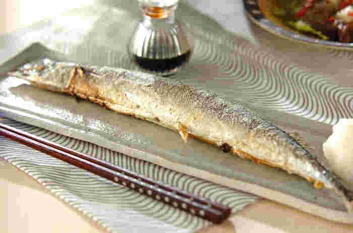 秋を代表する魚、さんまの基本の塩焼きレシピから、和・洋・中のアレンジレシピまでをご紹介しました。これからの季節、お値段もお手頃で美味しくなるさんま。美味しいアレンジで今年は食卓への登場回数を増やしてみませんか?