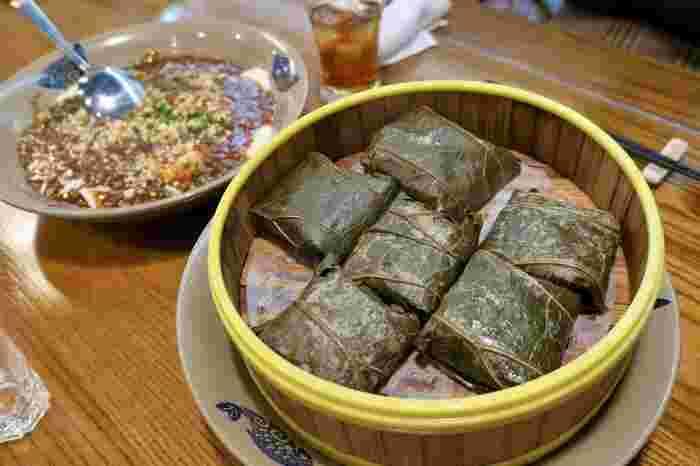 いつも頂く中華料理にプラスして、本場の郷土料理鶏肉のちまきなど現地の美味しいお料理がいただけるのが嬉しいですよね。