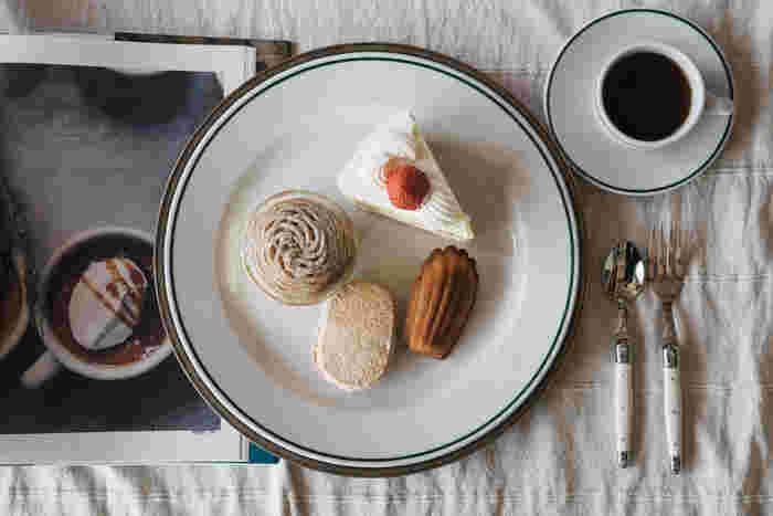ポルバサルシリーズは、シンプルでどんな料理にも合うので、サイズ違いで揃えるのもオススメです。プティフルールをのせてデザート皿でおしゃれを演出!ティーパーティーをしても素敵ですね。また、しっかりとした厚みがあり、欠けにくい丈夫さも魅力のひとつ。気軽に使えて、日常の食卓を彩ってくれる優れモノです。