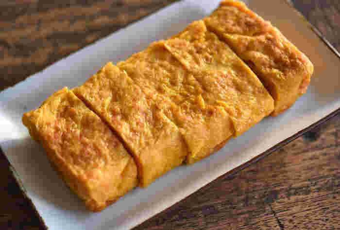 卵焼きは彩りがきれいなので、お弁当の定番おかずです。 カロリーが低く、たんぱく質豊富。腹持ちも良いので、ダイエット弁当にぜひ取り入れてみてくださいね。