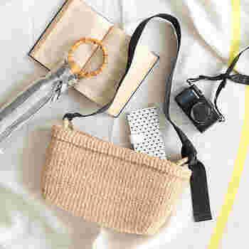 春夏の定番にもなっているかごバッグですが、シーン別に使い分けることができる自分らしいデザインを見つけてみませんか?改めてチェックしておきたいかごバッグの魅力が満載のアイテムをご紹介します。