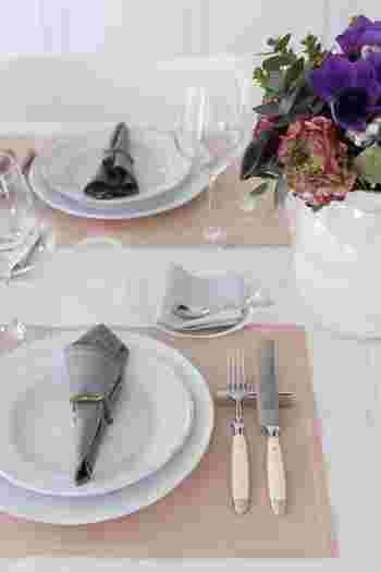 いつもの食卓をおしゃれに演出♪覚えておきたい「テーブルコーディネート」のコツ