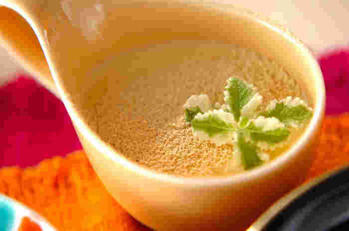 濃厚な味わいの豆乳ババロアは、粉ゼラチンを少なくする事でとっても柔らかな食感に。