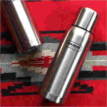 シンプルでスタイリッシュなデザインに高い保温性・耐久性をプラス、さすが老舗のボトルメーカーです。