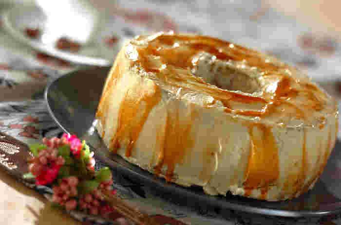 味よし、見た目よしの、スペシャルなシフォンケーキ。コーヒーがほろ苦く、甘くなりすぎないのがいいですね。