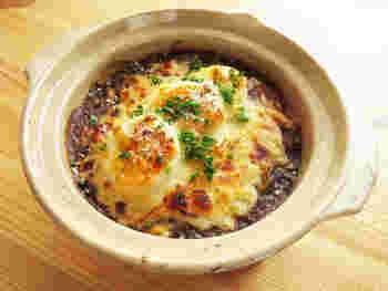 オーブンでも使える土鍋もあります!グラタン皿代わりに使えば保温性が高いのであっつあつのまま!とろ~りチーズが美味しそう♡