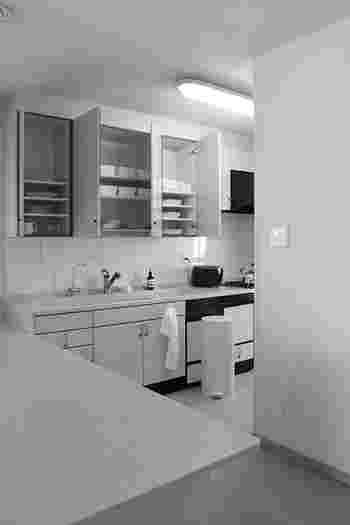 バタバタした時間を過ごすことが多いキッチン。キッチンに立つ時間は楽しいけれど、快適に過ごせると嬉しいですよね。まずはご自身がどんなものをどれくらい使っているかを整理して、使いやすく片付けやすい収納を目指してみてくださいね♪