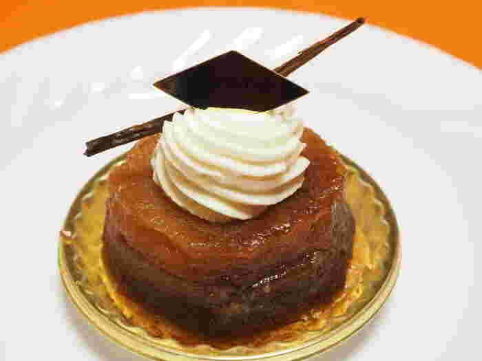 石神井公園から徒歩10分程の場所にある地元でも人気のスイーツ店です。しっかりと煮詰められたリンゴは、酸味の残る自然な甘さが特徴的です。生地はタルト生地ではなくパイ生地で作られているため、比較的さっぱりとした味わいが楽しめます。