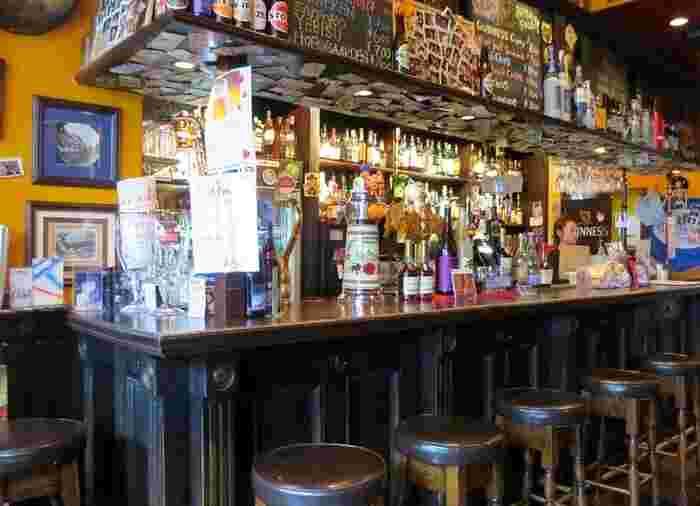 ビールはギネス、キルケニーの他、国産ビールも含め8種類のビールが楽しめます。もちろんシングルモルトやワイン、カクテルも揃っているのでビールが苦手でもOKですよ。