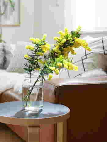 今回はそんなお花のある暮らしを彩る素敵なフラワーベースを集めてみました!ぜひ参考になさってみてください!