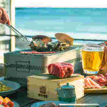 是非味わっていただきたいのが、波の音をバックにしながら楽しめる、テラスでの海鮮バーベキュー。開放感あふれるこの体験は、都心では味わえませんよね*