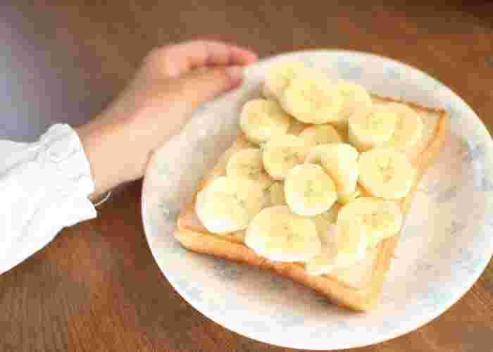 スライスしたバナナをのせて、ボリュームたっぷりのトーストに。こちらは、お子様が作ったそうですよ。チョコレートを塗ったり、マシュマロと一緒に少し焼いても美味しそうです。