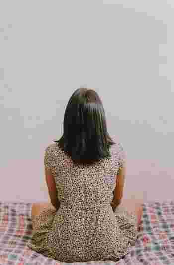 『頭の凝り』をほぐして、プチ不調緩和&小顔を目指そう!ケア方法をご紹介