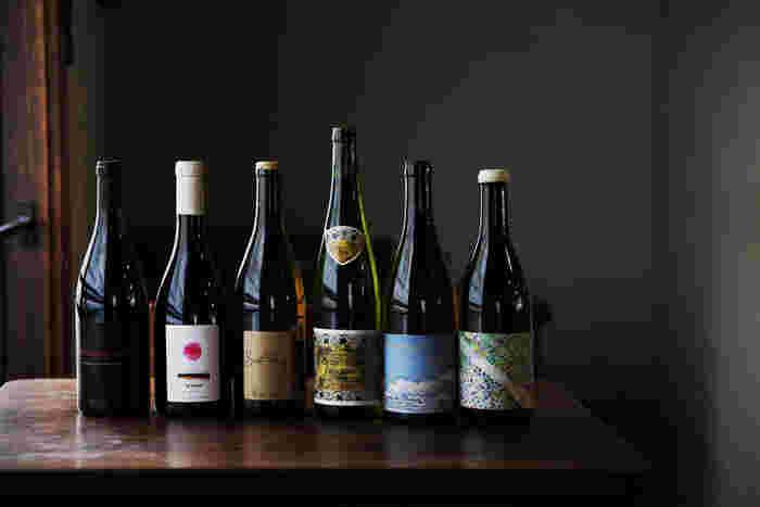 「ウィウィ」はワインのラインナップもハズレなし。上質なお料理と共に美味しいワインを楽しんでください。なお人気店のため、訪れる際は予約されることをおすすめします。