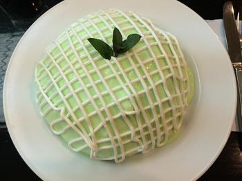 現在の名物はフィリングにメロンを入れた『メロンパンケーキ』。