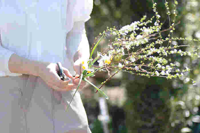 花を飾ることは生活の一部。
