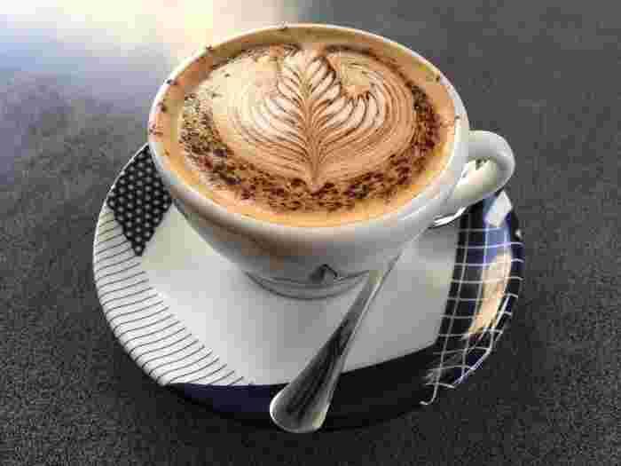 コーヒーメニューが豊富で、コーヒー好きなら全て飲んでみたくなってしまいます。ラテやカプチーノ、カフェモカなどの他にもエスプレッソバナナシェイクやアイリッシュコーヒーもありまよ。