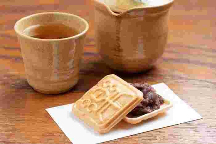 そのほか、餡を添えたもなかや、日本茶などがセットになっています。時間制限なしというのも嬉しいポイントです。