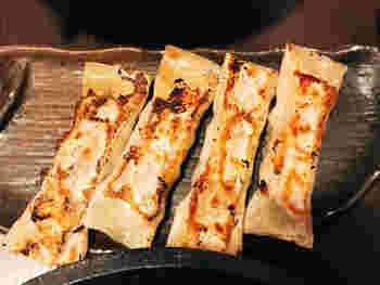 サイドメニューの「極旨棒餃子」もオススメです。名前負けしないくらいの美味しい餃子。吉山商店自慢のメニューです。