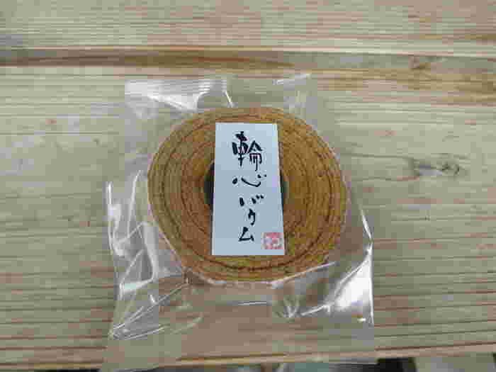 沖縄の本和香糖(ほんわかとう)という名前を聞くだけでほっこりするお砂糖を使い、一つ一つ丁寧に作られているんです。