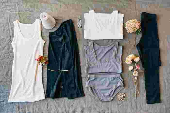 昔はデザインや可愛さ重視で選んでいた下着も、大人になった今、改めて選び方を考え直したいものです。直接お肌に触れるものだからこそ、上質な素材で快適な着け心地のものを選びたいですよね。身に着けるとホッとする、こだわりの天然素材を使って作られた上質な大人の下着をご紹介します。