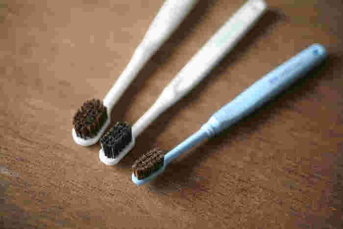 100年以上続いている刷子専門店「かなや刷子」の歯ブラシは、「100万人の歯ブラシ」として、数あるかなや刷子のアイテムの中でも特に人気の商品です。