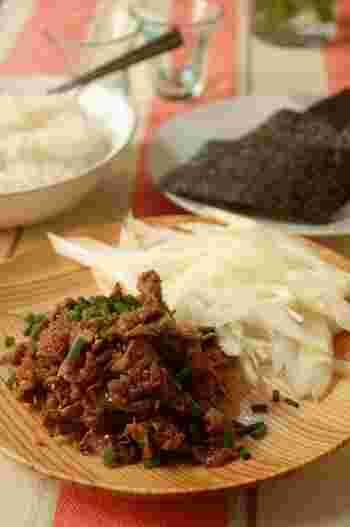 甘辛味に炒めた薄切り肉を巻いても美味。焼肉のたれを使えば簡単です♪ひき肉でもOK!