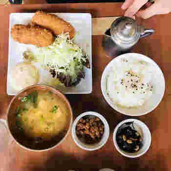 おじやも人気ですが、ご飯メニューの種類がとにかく豊富!カレーにはじまり、パスタや定食など、カフェとは思えない本格的なご飯をしっかり楽しむことができます。おなかが空いたときに、ぜひどうぞ。