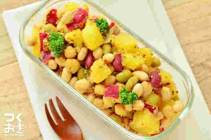さつまいもとお豆のほくほく感。食物繊維がたっぷりのヘルシーサラダ。さつまいもの優しい甘さとマスタードの酸味がよく合いますよ。